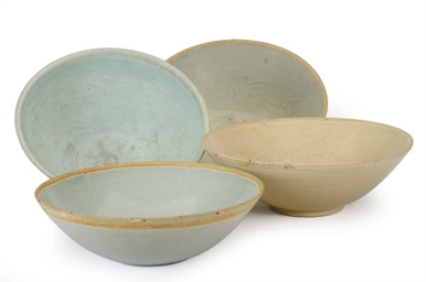 FOUR CHINESE QINGBAI-TYPE BOWL