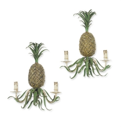 A PAIR OF TOLE-PEINTE PINEAPPL