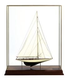 A SHIP MODEL OF 1930 AMERICA'S