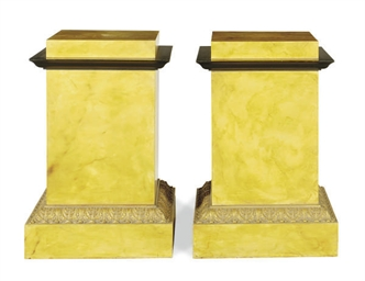 A PAIR OF FAUX MARBLE PAINTED