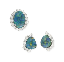 A SET OF BLACK OPAL AND DIAMON