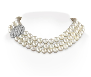 A THREE-STRAND CULTURED PEARL