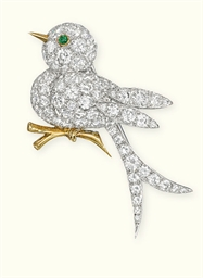 A DIAMOND BIRD BROOCH, BY VAN