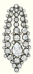 A GEORGE III DIAMOND BROOCH
