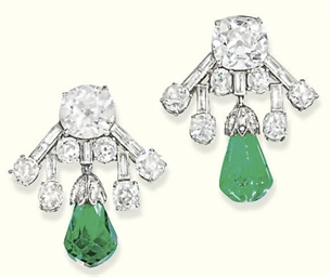 A PAIR OF ART DECO DIAMOND EME