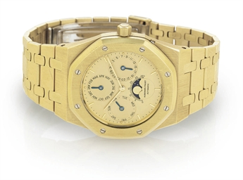AUDEMARS PIGUET.  AN 18K GOLD