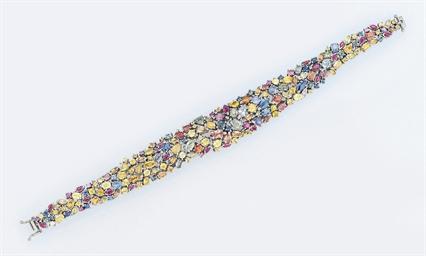 A vari-coloured sapphire brace