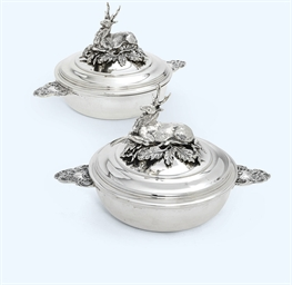 A PAIR OF FRENCH SILVER CIRCUL