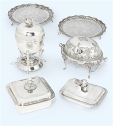 A GROUP OF SILVER-PLATED ITEMS