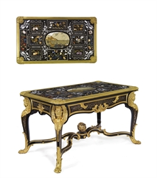 A FINE FRENCH ORMOLU-MOUNTED C