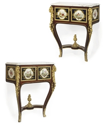 A PAIR OF ENGLISH ORMOLU AND C