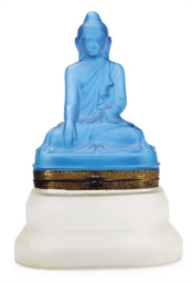 A BLUE AND CLEAR GLASS BUDDHA-