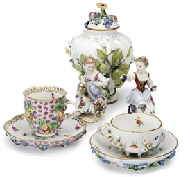 A GROUP OF GERMAN PORCELAIN FL