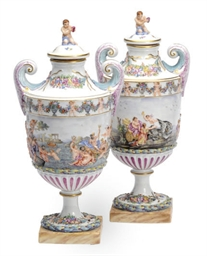 A PAIR OF CAPODIMONTE STYLE CO
