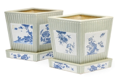 A PAIR OF CHINESE PORCELAIN CE