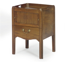 A GEORGE III MAHOGANY NIGHT CO