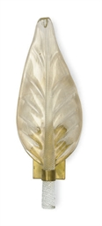 A VENETIAN GLASS LEAF-FORM WAL