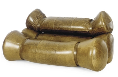 A BROWN LEATHER 'FARDOS' SOFA,