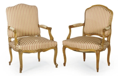 A PAIR OF FRENCH BEECHWOOD FAU