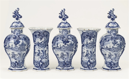 A Dutch Delft blue and white f