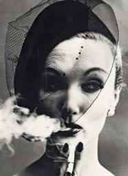 Voile + Fumée, Paris (Vogue),