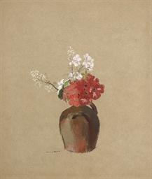 Bouquet dans un petit vase de