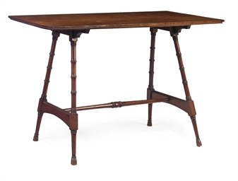 A VICTORIAN MAHOGANY TABLE
