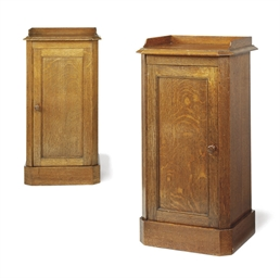 A PAIR OF VICTORIAN OAK BEDSID