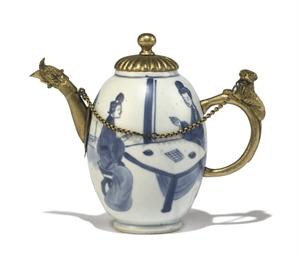 A CHINESE ORMOLU-MOUNTED BLUE