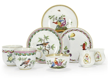 A GROUP OF GERMAN PORCELAIN TE