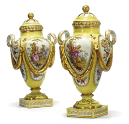 A PAIR OF DRESDEN YELLOW-GROUN