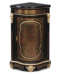 A FRENCH GILT-METAL MOUNTED BR
