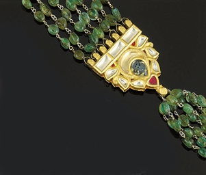 An Indian Green Beryl Necklace