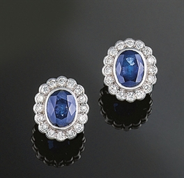 A pair of sapphire and diamnd