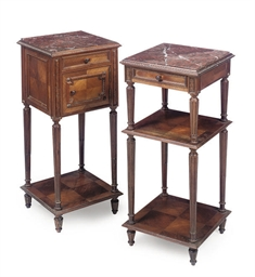 TWO KINGWOOD BEDSIDE TABLES EN