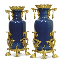 A PAIR OF SAMSON ORMOLU MOUNTE