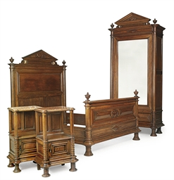 A FRENCH OAK FOUR PIECE BEDROO