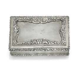 A WILLIAM IV SILVER TABLE SNUF