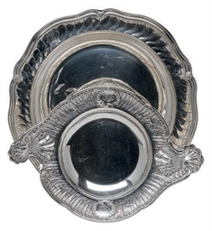 A LARGE FRENCH SILVER CIRCULAR