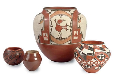 FOUR NATIVE AMERICAN POTTERY W