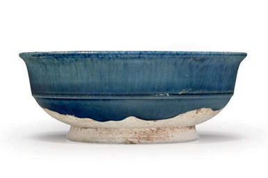 A CHINESE BLUE-GLAZED POTTERY