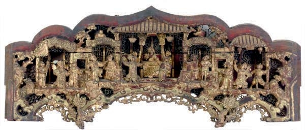 A LARGE CHINESE GILT-WOOD ARCH