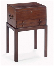 A GEORGE III MAHOGANY BOX,