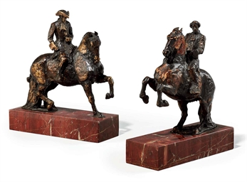 A PAIR OF BRONZE EQUESTRIAN GR
