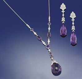 A DIAMOND AND AMETHYST PENDANT