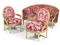 A FRENCH GILTWOOD THREE-PIECE SALON SUITE