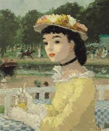 Femme sur une terrasse
