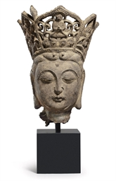 A CAST-IRON HEAD OF GUANYIN
