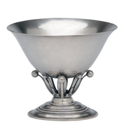 A DANISH SILVER CENTER BOWL,
