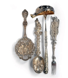 A GROUP OF SILVER, SILVER-PLAT